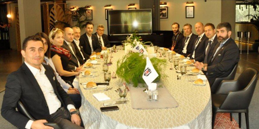 Beşiktaş yönetimi, UEFA ve Sarpsborg heyetlerini dostluk yemeğinde ağırladı