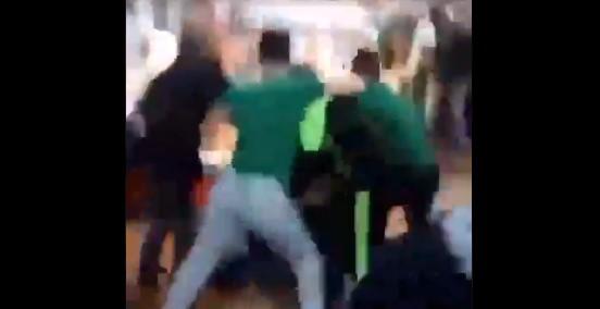 Bir otobüs dolusu Bursaspor taraftarı, Beşiktaşlı gruba saldırdı (VİDEO)