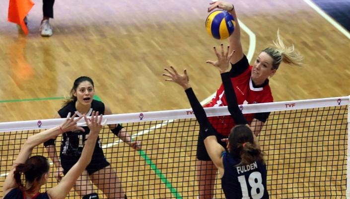 Beşiktaş Kadın Voleybol takımı 3-1 galip