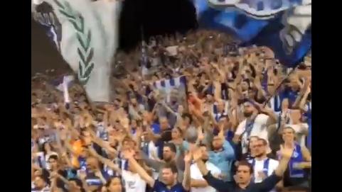Porto'nun amigosu tribünde Beşiktaş formasıyla! (VİDEO)