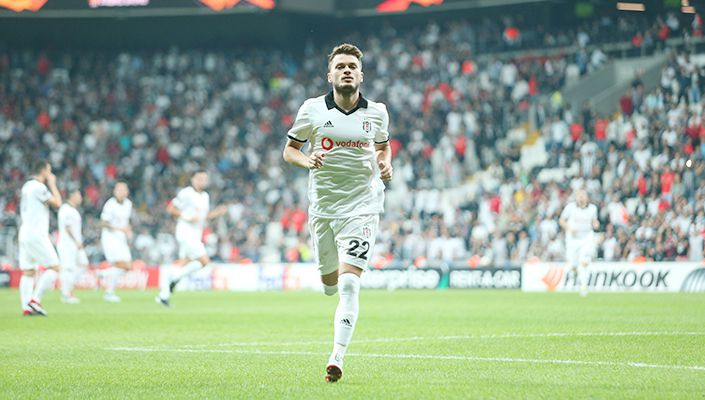 Beşiktaş'ta Ljajic'in opsiyonu için tek madde kaldı!