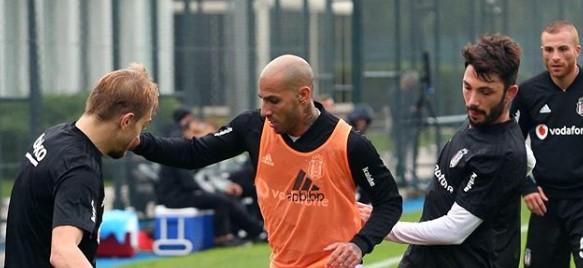 Göztepe maçı hazırlıkları antrenman maçı ile devam etti! U21 oyuncuları da karşılaşmada yer aldı