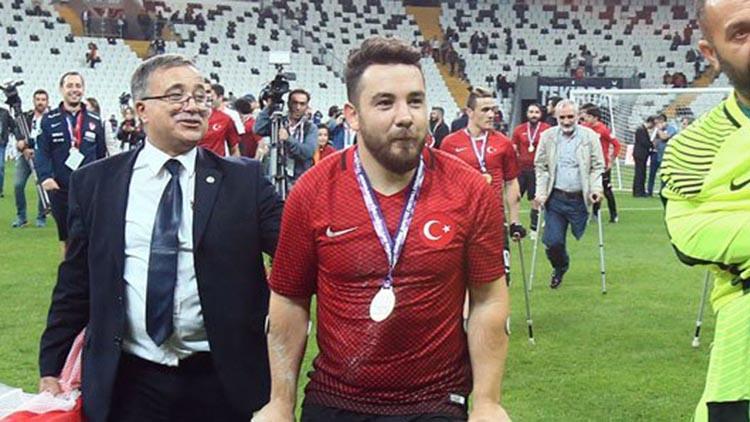 """Rahmi Özcan: """"Hayalim Beşiktaş'ta..."""""""