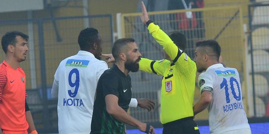 Beşiktaş'ın derbideki 4. hakemine tepki!