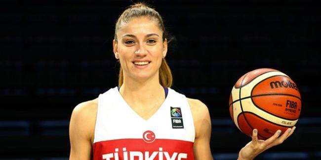 Beşiktaşlı oyuncu, A Milli Kadın Basketbol Takımı ile kampa katıldı