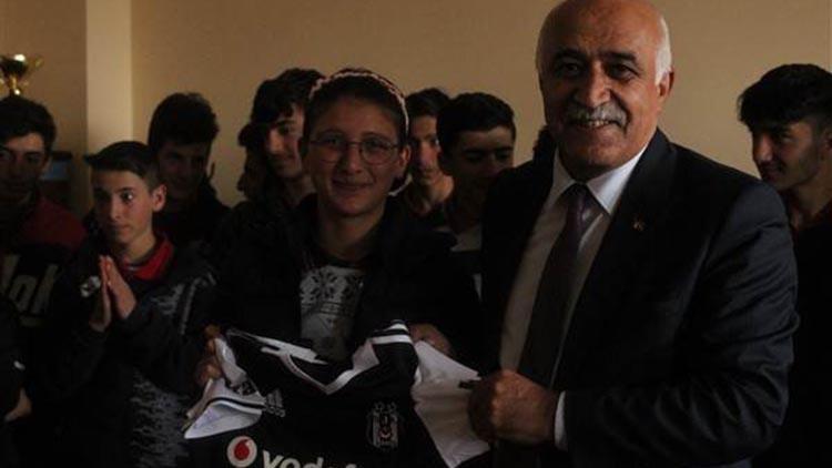 Çıldır'da Beşiktaş coşkusu!