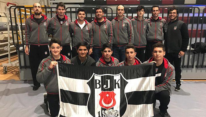 Beşiktaş, kürekte Türkiye Şampiyonu oldu