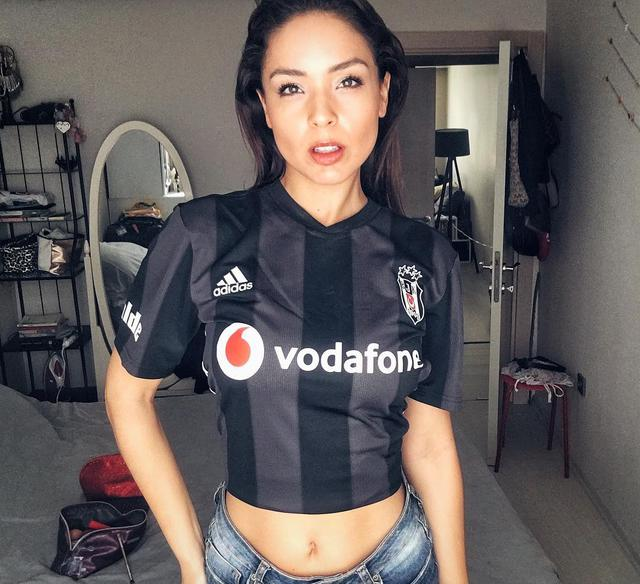 """Vanessa Crippa: """"Beşiktaş taraftarı benim için dünyanın en iyi taraftarı."""""""