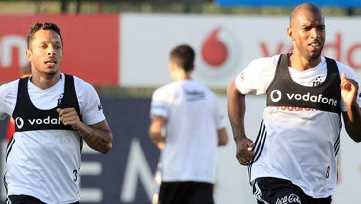 Santos'un Adriano'ya önerdiği maaş belli oldu!