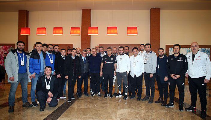 Ahmet Kavalcı'dan basın mensuplarına yemek