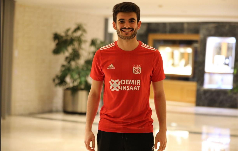 Fatih Aksoy'un transferinde tazminat maddesi. 20 maç...