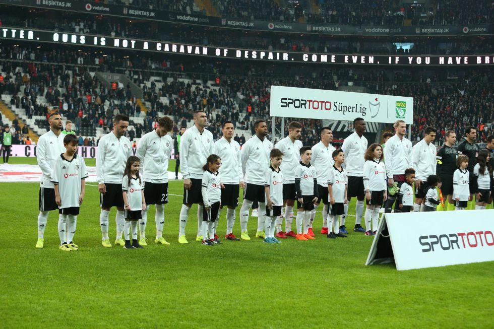 Beşiktaş'ta kim kalıyor, kim gidiyor? İşte tüm liste