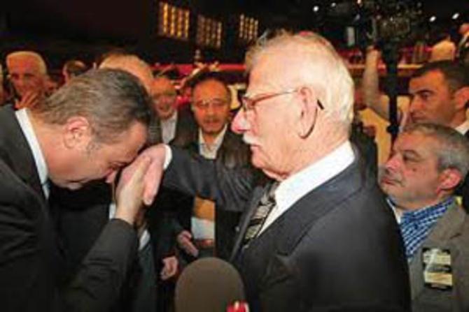 """Fikret Orman'dan itiraf: """"Başkanlık için babama sorsaydım..."""""""