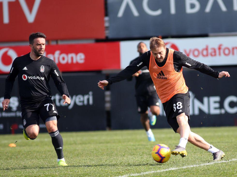 Beşiktaş'ta Sivasspor karşısında sol bek krizi!