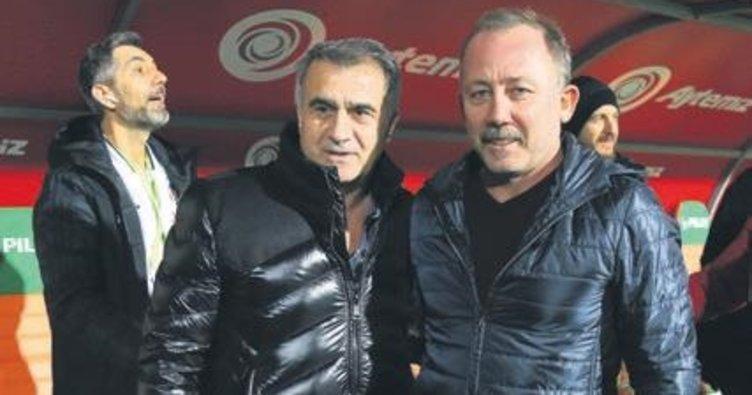 """Sergen Yalçın'dan Beşiktaş açıklaması: """"Kimseyi zan altında bırakmayalım"""""""