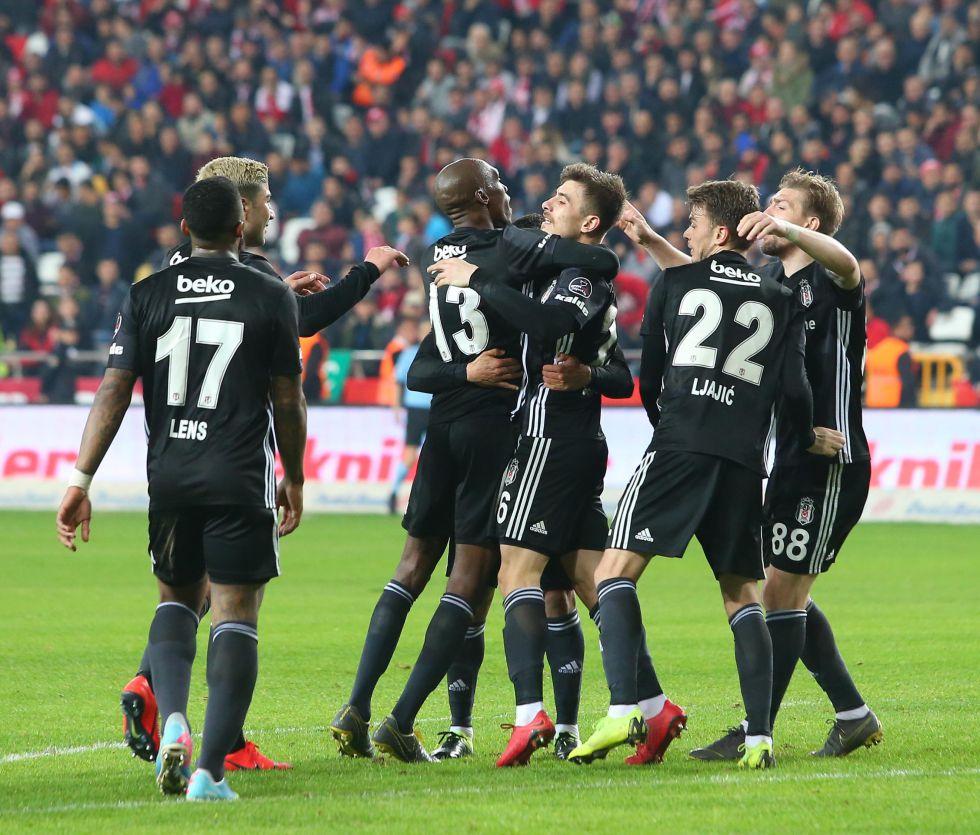 Beşiktaş 2. yarı yükselişe geçti