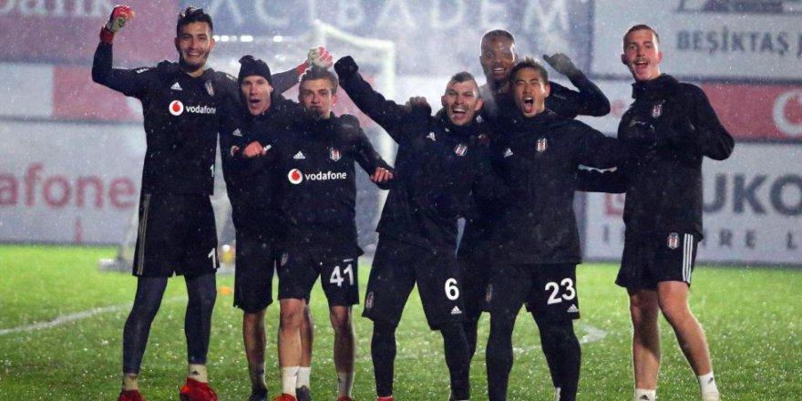Beşiktaş'ta Malatyaspor maçı öncesi iki eksik