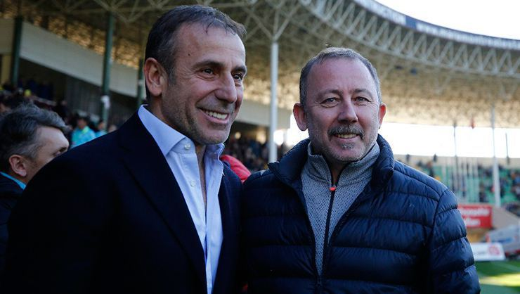 Beşiktaş'ta teknik takip genişliyor