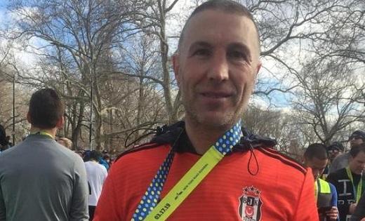 Beşiktaş'ın malzeme sorumlusu Erdal Erdem'e New York Maratonu'nda madalya!