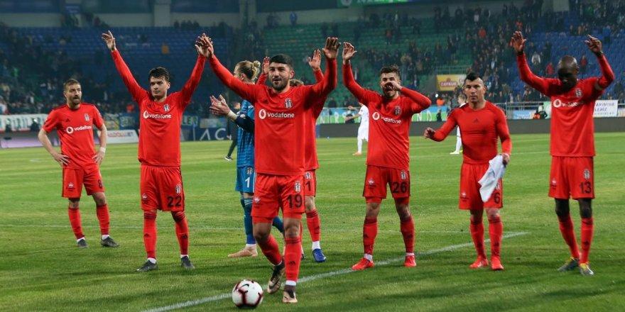 Beşiktaş deplasmanda süper