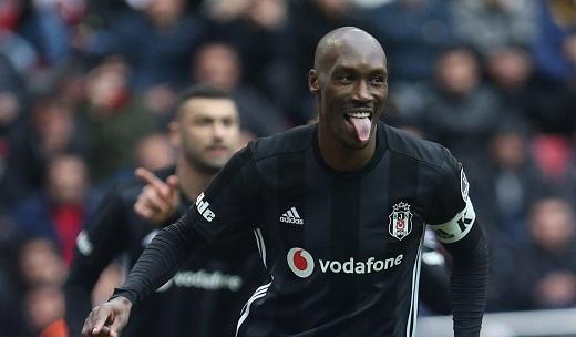 Atiba, Beşiktaş'ta bir ilki yaşıyor