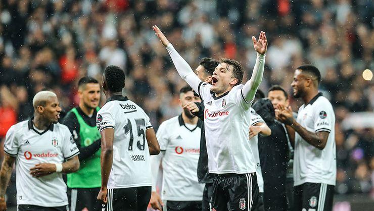 İşte Beşiktaş'ta kalacak yabancı futbolcular