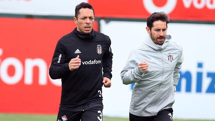 Beşiktaş'a Adriano müjdesi