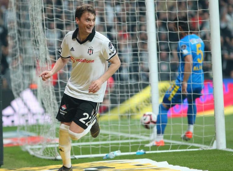 Adem Ljajic, 2 maç sonra golünü attı