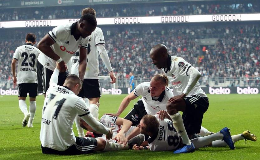 Adem Ljajic'ten beklenmedik hareket! Burak'ın golünden sonra...