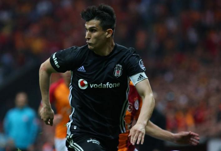 Süper Lig'in yeni ekibi, Necip Uysal'a talip oldu