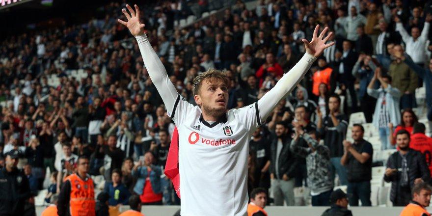 Beşiktaş, Adem Ljajic'in bonservisini aldı