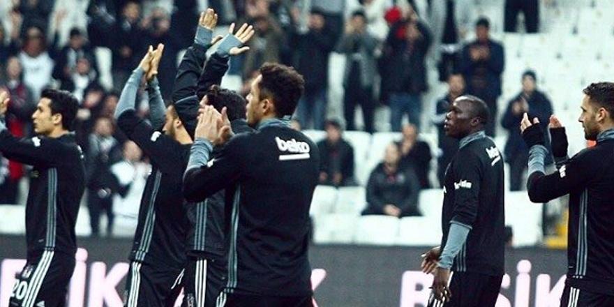 Beşiktaş taraftarı takımına sahip çıktı