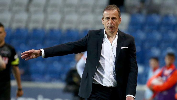 Beşiktaş Abdullah Avcı'yı açıkladı