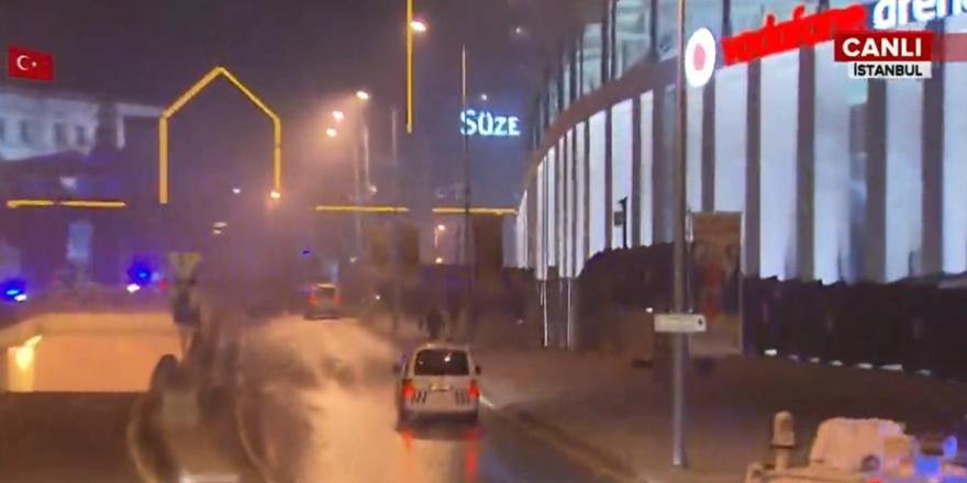 Vodafone Arena yanında 2 bombalı saldırı