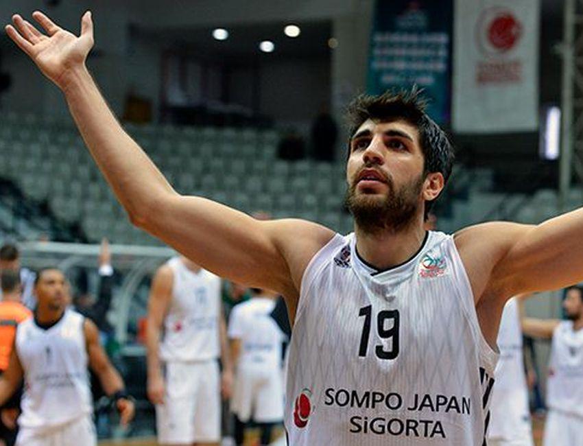 Beşiktaş'tan Burak Can'a yeni sözleşme