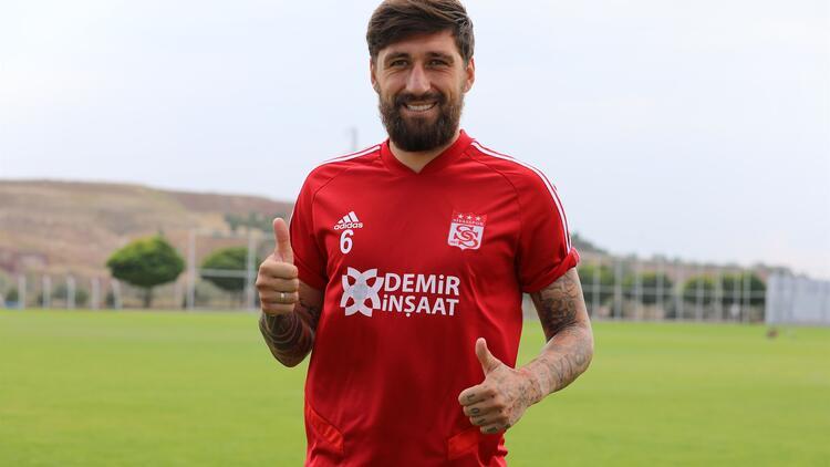 Bu akşam Beşiktaş ile karşılaşacak olan Sivasspor'a yeni transfer!