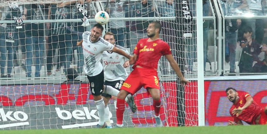 """Erman Özgür: """"Victor Ruiz sanki geçen sezon da Beşiktaş'ta oynamış gibi"""""""