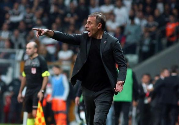 Abdullah Avcı'nın Beşiktaş'ta derdi bitmiyor!