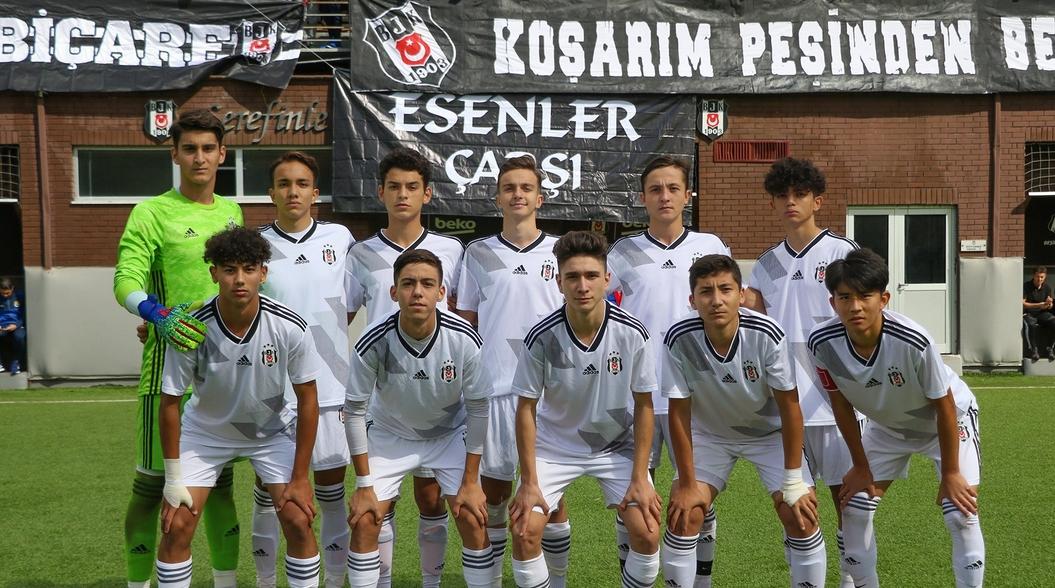 Beşiktaş'ın gençleri Fenerbahçe engeline takıldı