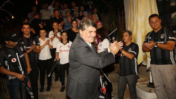 SEÇİME DOĞRU | Beşiktaş'ta 32 dernek Serdal Adalı'ya destek verecek