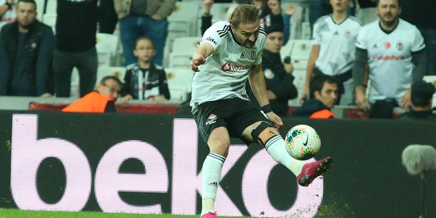 Caner Erkin'e Süper Lig'den flaş talip!