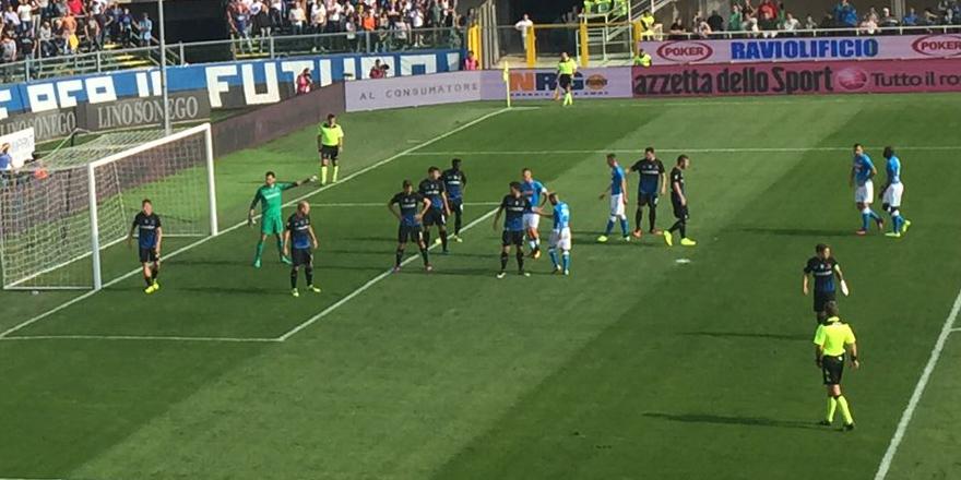 Beşiktaş'ın rakibi Napoli yenildi