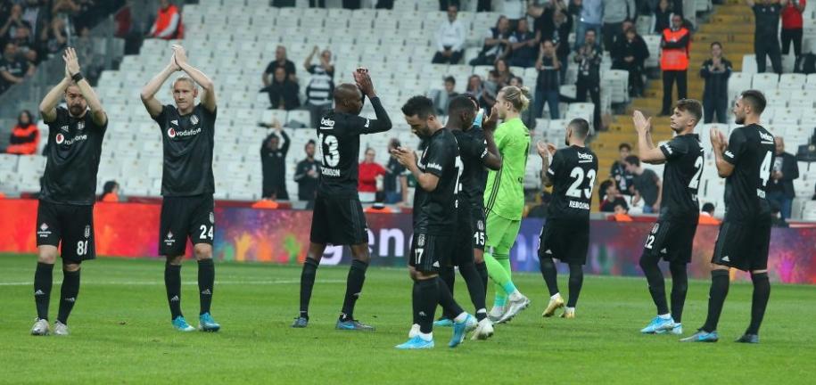 Beşiktaş'ı savunması uçurdu