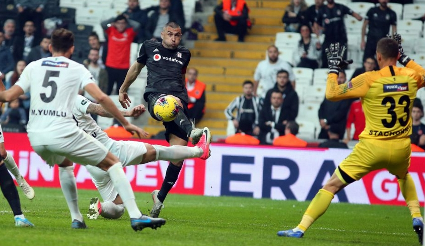 """""""Beşiktaş bu tarzıyla biraz bile isteye kendini zora sokuyor"""""""