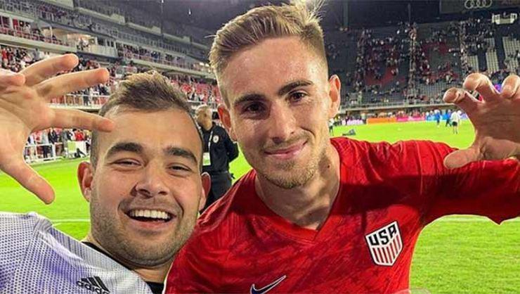 Tyler Boyd'tan Washington'da Beşiktaş paylaşımı