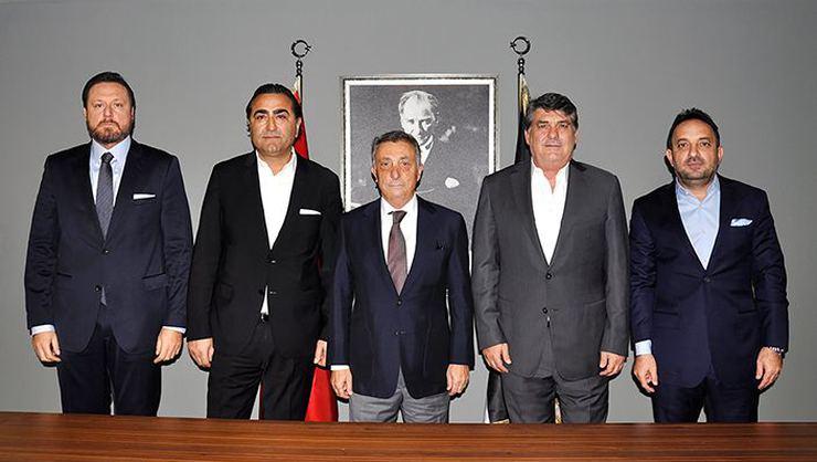 Serdal Adalı'dan Ahmet Nur Çebi'ye ziyaret