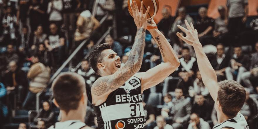 Beşiktaş, Sırbistan'dan mağlubiyetle dönüyor