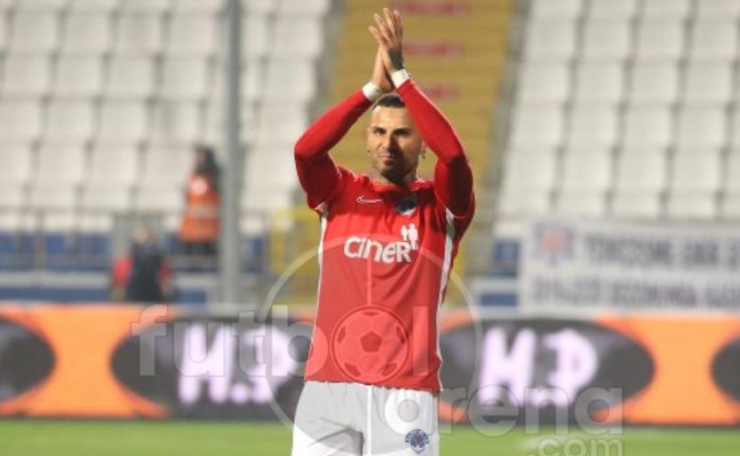 Beşiktaş taraftarından Quaresma'ya destek