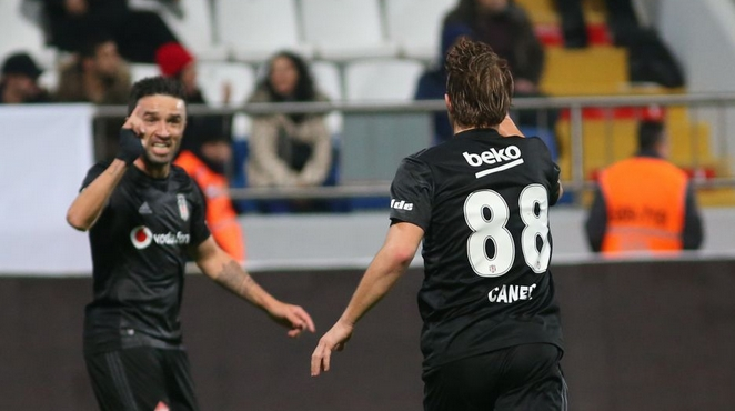 Beşiktaş'ı uçuran ikili! Caner Erkin - Gökhan Gönül...