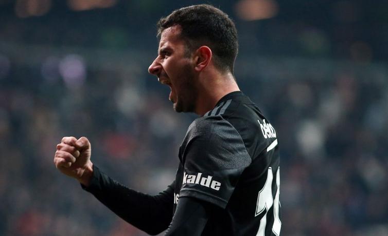 Beşiktaş-Oğuzhan-Feyenoord üçgeninde yaşananlar